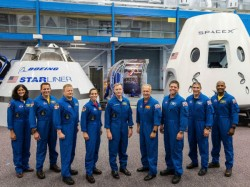 First Commercial Space Flight Nasa Announces The Names 9 Crews Including Sunita Williams