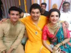 Sourav Ganguly Actress Subhashree Be Featured Song Durga Puja