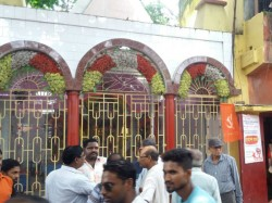 Major Theft Occurred A Kali Temple Mahamayatala Security Personnel Accused
