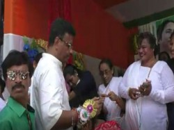 Rakhi Celebration Kolkata The Minister Firad Hakim Tmc Workers