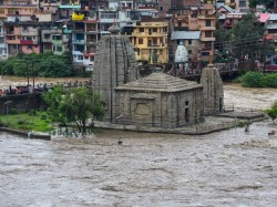 Atleast 18 Dead Himachal Pradesh Due Heavy Rain Flash Flood