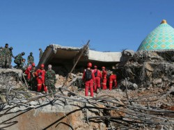 Death Toll Indonesian Earthquake Jumped 319 As Aftershocks Rock Lombok