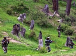 Army Major Other 3 Soldiers Died Stop Terrorist Infiltration In North Kashmir