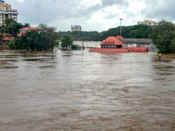 Kerala Floods Amidst The Disaster A Century The State Also Have To Deal With Fake News