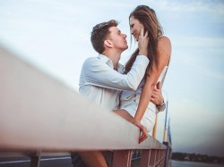 Know The Romantics Traits October Born People