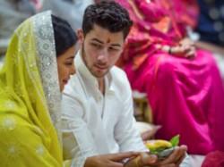 Who Is Priyanka Chopra S Fiance Nick Jonas Know About Him