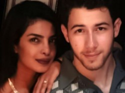 Is Priyanka Chopra Is Trying Tell You Something Nick Here Is The Pic