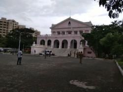 Chennai S Rajaji Hall Keep Karunanidhi S Body Public Viewing