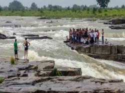 People Have Been Rescued From Sultan Garh Waterfalls Gwalior S Shivpuri