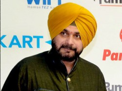 Imran Khans Oath Taking Ceremony Navjot Singh Sidhu Reaches Pakistan