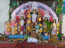 Know Durga Puja 2018 Date Timing With Horse The Godess Is Arriving