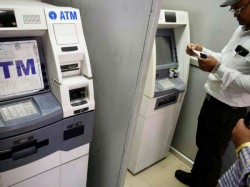 Atm Rule Changed No Atms Be Refilled With Cash After 9 Pm From 8 February