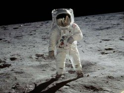 Nasa Releases 19 000 Hours Tape Moon Mission Appolo