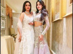 On Sridevi S Birthday Janhvi Kapoor Shares Happy Thrwoback Photo