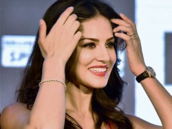 Pro Kannada Activists Plan Massive Protests Aganist Sunny Leone S Performance Bengaluru