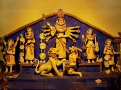 Know The Theme Badamtala Ashar Sangha Durjga Puja