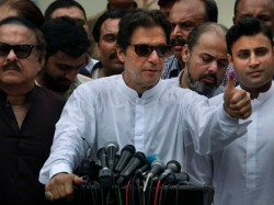 Imran Khan S Daily Helicopter Ride Costs Only Rs 55 Claims Pakistan Government Says
