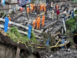 Another Body Is Recovered From The Majherhat Bridge Collapse Site Death Toll Rises To