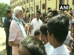 Pm Modi Interacts With Students Delhi During Swachhata Hi Seva Movement