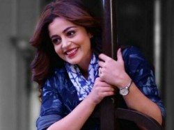 Nehha Pendse Make Bigboss 12 Entry With Cricker Shreesanth