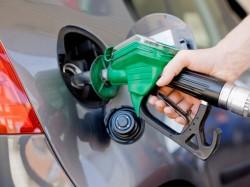 Vasundhara Raje Rajasthan Cuts Vat On Petrol Diesel 4 Douse Fuel Fire