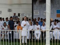 Rahul Gandhi Criticises Narendra Modi Over His Promises From Bharat Bandh Platform