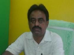 Tmc S Ranjan Sil Sharma Attacks Bjp Workers Siliguri On The Bandh Day