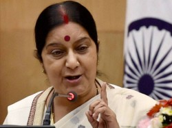 Bjp Minister Harsh Vardhan Congratulates Sushma Swaraj As Andhra Pradesh Governor