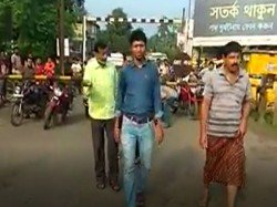 Tmc S Leader Attacks Bjp S Woman Worker Barasat On The Bandh Day