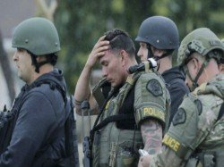 Shot Dead California Gunman Kills Himself