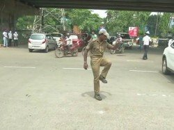 Odisha Traffic Police Guard Controls Traffic With His Unique Dance Steps See Video