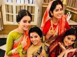 Rani Rashmoni S Ditipriya Roy Has Blast With Her On Screen Daughters
