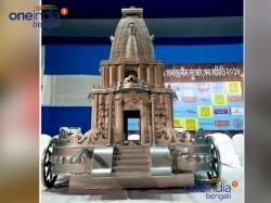 Kolkata S Santosh Mitra Square Will Take Ma Durga Silver Chariot