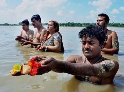 Tarpan Ritual Performs Many Ganga Ghats Bengal