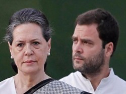 Rahul Gandhi Sonia Gandhi Seen Washing Plates Wardha