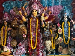 East Kolkata S Das Families Durga Puja Turns Into 17 Days Long Occassion