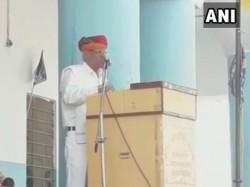 Britishers Should Have Ruled India 100 More Years Remark Bsp Leader Dharamveer Singh In Rajasthan