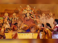 Bengalis Gear Up The Durga Puja Celebration On Mahaastami