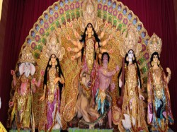 Kolkata Police Organises Competition Named Lense Larai On Durga Idol From 16th Oct 18th Oct