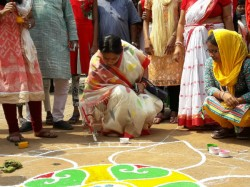 How Mla Firdoushi Begam Celebrates Durga Puja Narendrapur Green Park Sarbojanin