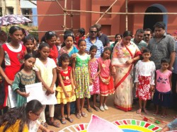 Narendrapur Green Park Sarbojanin Has Handed Over Health Insurance 50 Girls