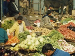 Retail Inflation Stays Below Rbi Target Second Month A Row