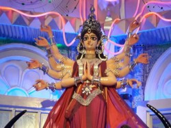 Kolkata S Jagat Mukherjee Park Durga Puja Theme Is Time Machine