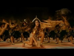 Katrina Kaif The Teaser Thugs Hindostan Song Manzoore Khuda Will Drive Away Your Mid