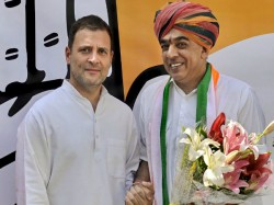 Bjp Leader Jaswant Singh S Son Manvendra Joins Congress Before Rajasthan Polls