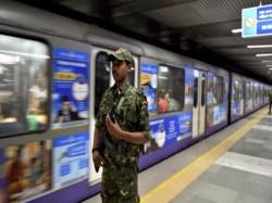Kolkata Metro Railway Breaks Its Previous Record On Passenger Transport On Durga Puja Shasthi