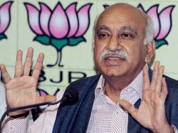 Mj Akbar Facing Metoo Heat May Lose Ea Ministry