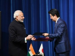 Both Countries Sign Six Agreements Japan Invest 2 5 Billion In India