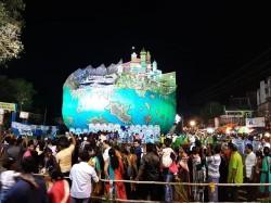 Lakh Spectators Has Flooded Ramchandrapur Milan Sangha S Durga Puja Pandal
