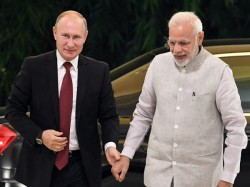 Pm Modi Welcomes Putin Russia India Are Expected Sign More Than 20 Documents